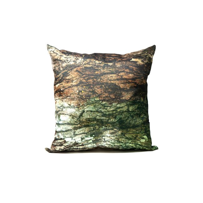 amha-olga-doumet-almohadon-selva-noir-50x50-ODAMHA-C004