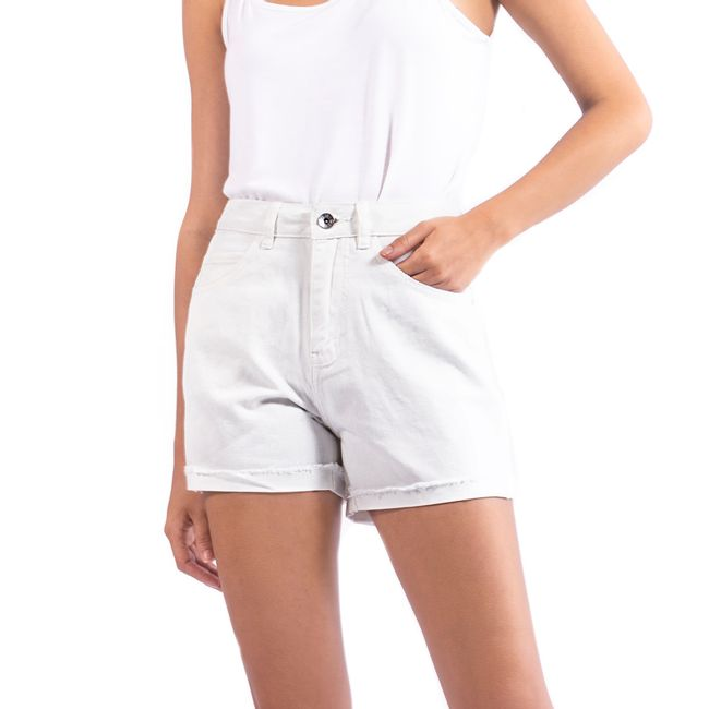 vero-moda-shorts-nineteen-loose-snow-white-10193290-1