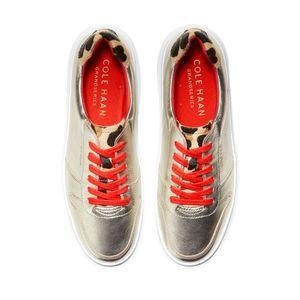 cole-haan-grandpro-rally-court-sneaker-dorado-w18269-4