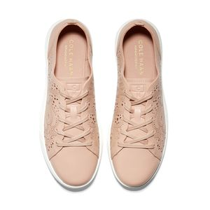 cole-haan-grandpro-lasercut-tennis-sneaker-rosado-w17919-4