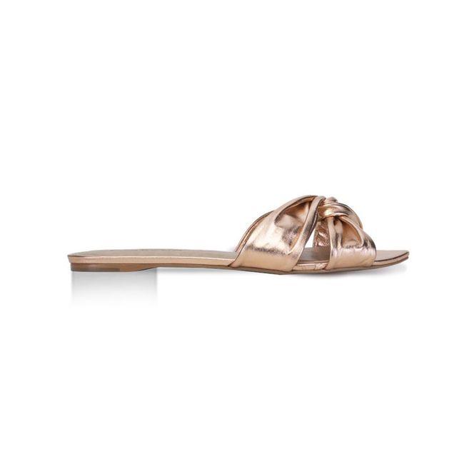 sandalias-bajas-metal-acerola